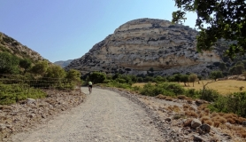 agiofaraggo mountain bike tour Crete the wide section of the canyo