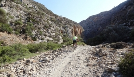 agiofaraggo mountain bike tour Crete to the canyon
