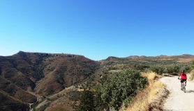Agios Myronas Rizinia Vathia bike tour on the way to prinias