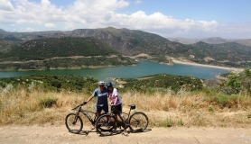 the panoramic view of Aposelemis lake from the most beautifull hill of the bike tour