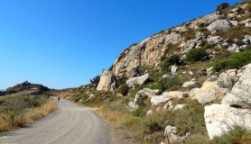 avgerinos Rocca mountainbike tour of Crete road from Douli to Kalou