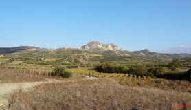 avgerinos Rocca mountainbike tour of Crete the Rocca view from Douli