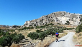 avgerinos Rocca mountainbike tour of Crete the last uphill to Profitis Ilias village