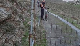 locked door at Monodendri mountain Monofatsi