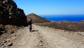 cyclist descend to tripiti with his mountain bike. The view is breathtaking