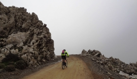 after this rock starts the most beautiful part of the downhill with the amazing view