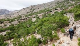 kapetaniana kofinas koudoumas mountain bike tour Crete Kreta in the path