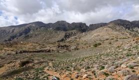 wild landscape kapetaniana kofinas koudoumas mountain bike tour Crete Kreta