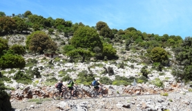 cyclists ascent with their e-bikes from Kritsa to Katharo