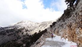 Skinakas the highest pass of Crete - Urania