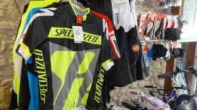 specialized clothes