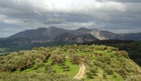 stone village bike tour Agios Thomas Giouchtas mountain