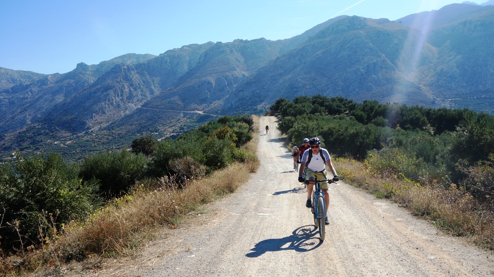 Lyttos_guided_mountain_bike_tour_crete_5