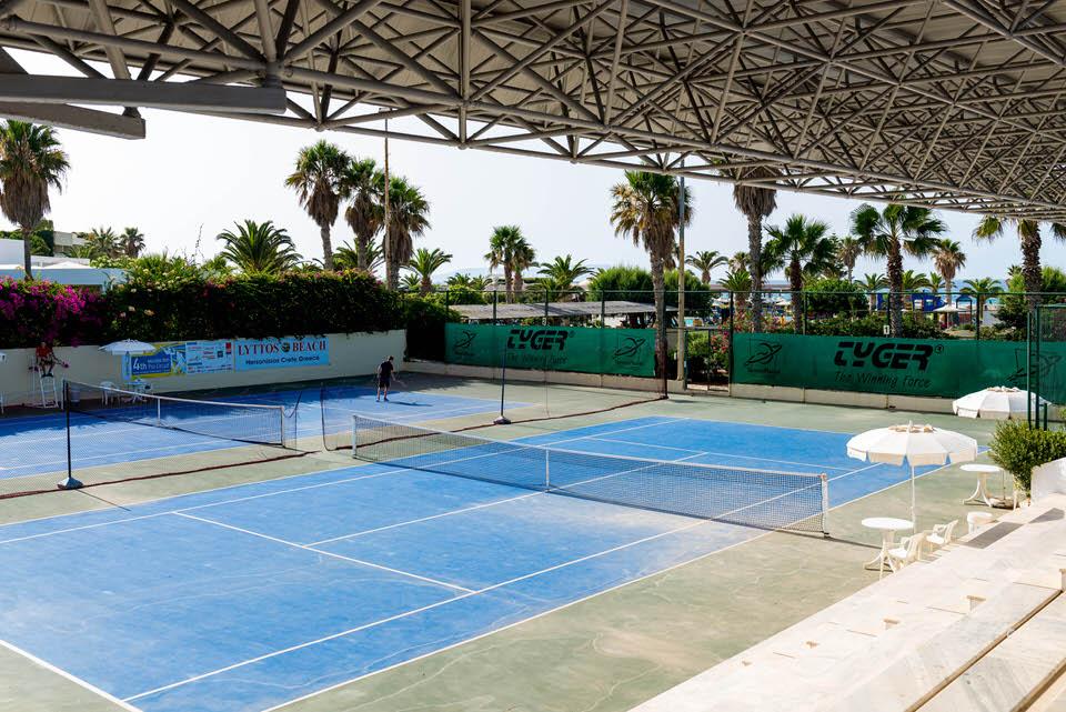 Seaside sports hotel