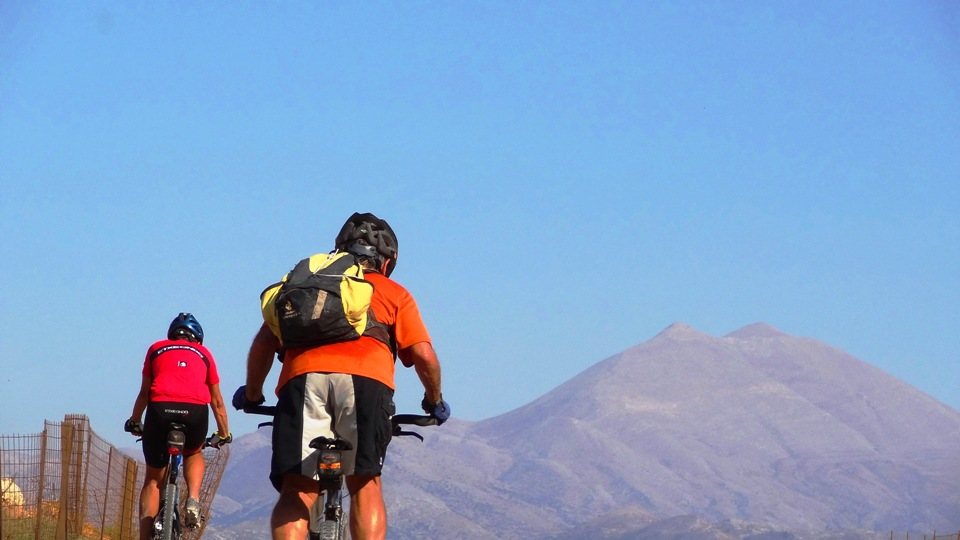Stolistra & Timios Stavros summits at Psiloritis mountain