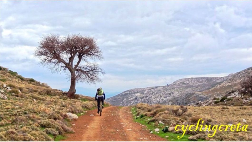 august-vs-january-the-best-month-for-cycling-in-crete-min-2