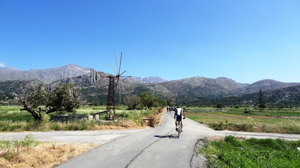 cycling around lalsithi plateau crete