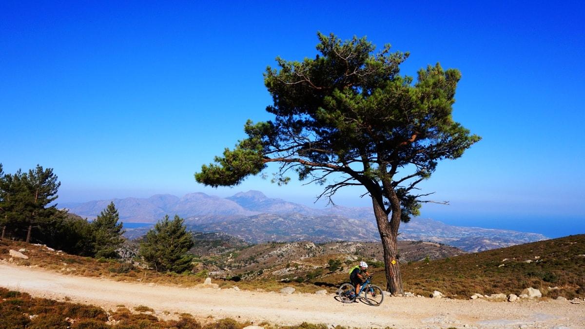 selakano-dikti-mountains-crete