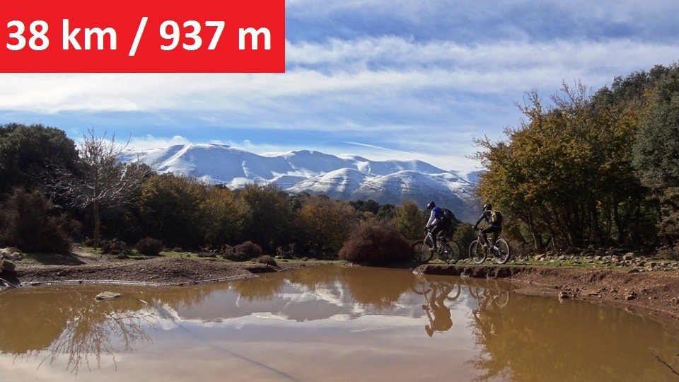 reflections on the water Mitato bike tour Crete (2) - feature img