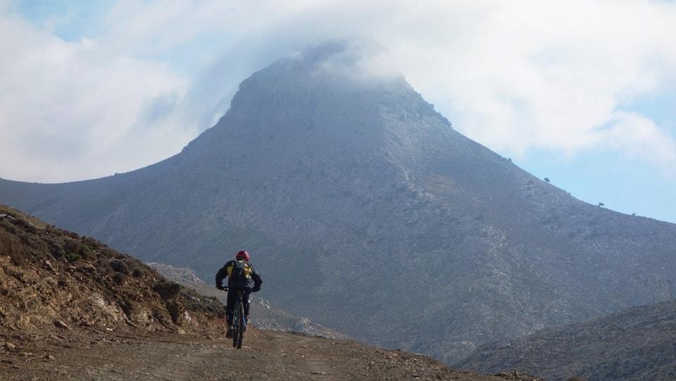 the mountain kapetaniana kofinas koudoumas mountain bike tour Crete Kreta