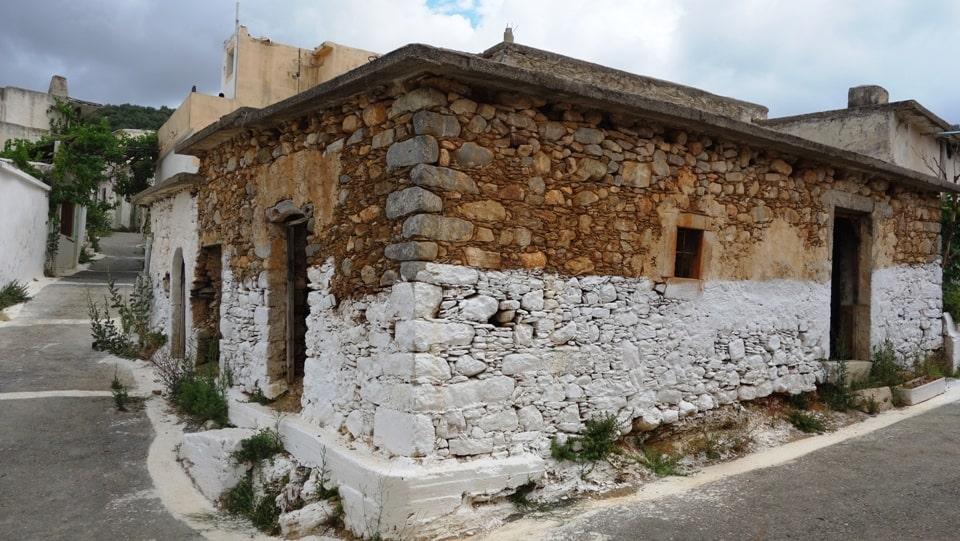 2 sfendilli village Crete the new Atlantis of Aposelemis lake-min