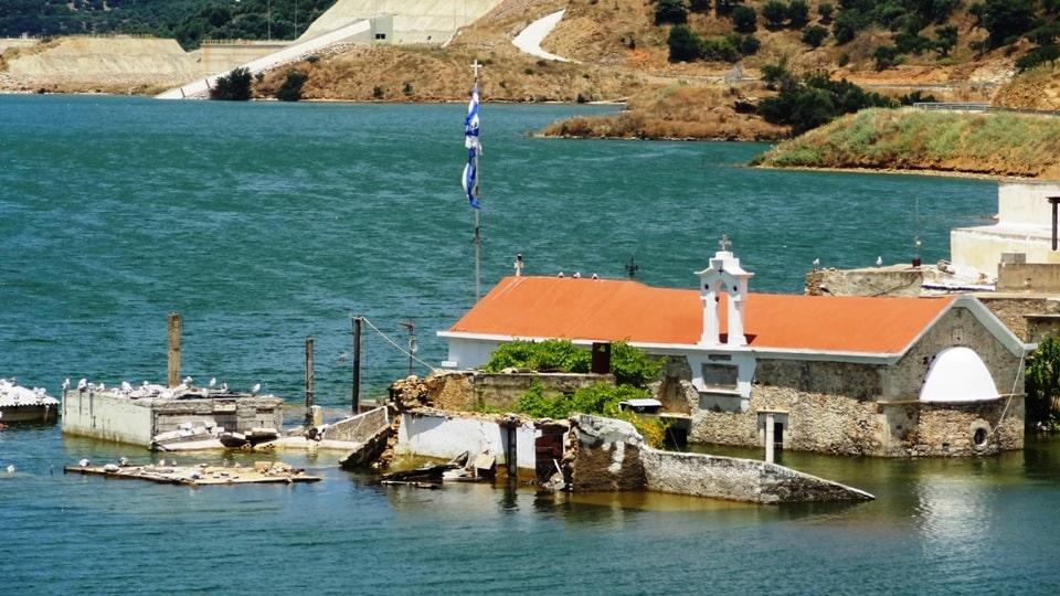3 sfendilli village Crete the new Atlantis of Aposelemis lake-min