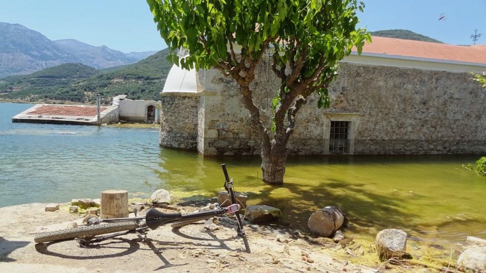 4 sfendilli village Crete the new Atlantis of Aposelemis lake-min