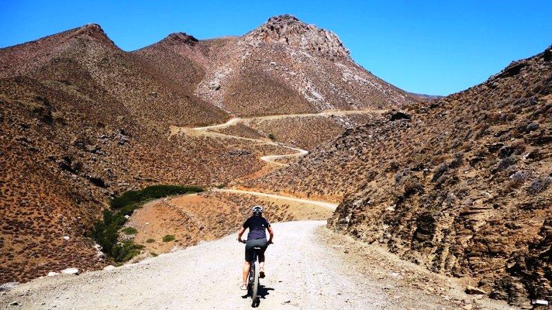 multi day bike adventures holidays in Crete greece-min