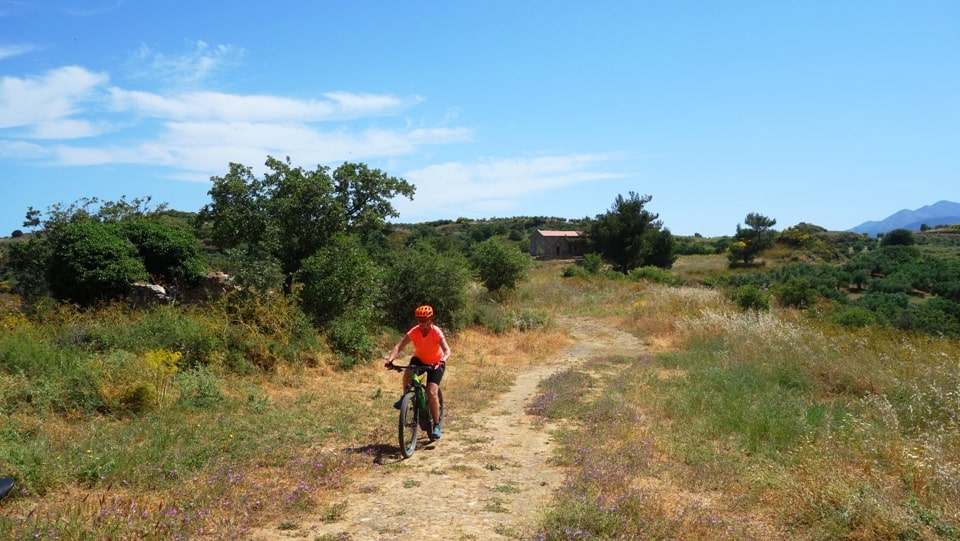 ancient lyttos ebike tour adventure safarin Crete