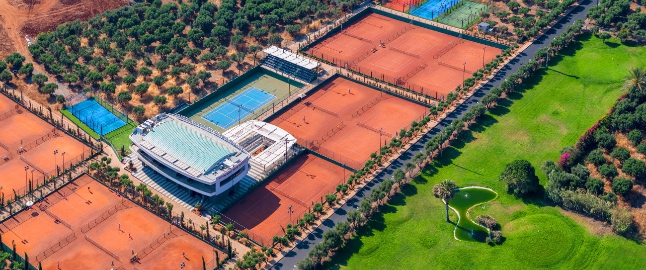 Tennis hotel lyttos beach sports Crete Greece Europe cycling bike triathlon spa fully eqiped fitness studio1-min