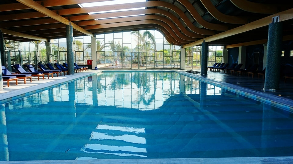 indoor heated swimming pool lyttos beach sports hotel Crete Greece Europe cycling bike triathlon tennis spa fully eqiped fitness studio2-min