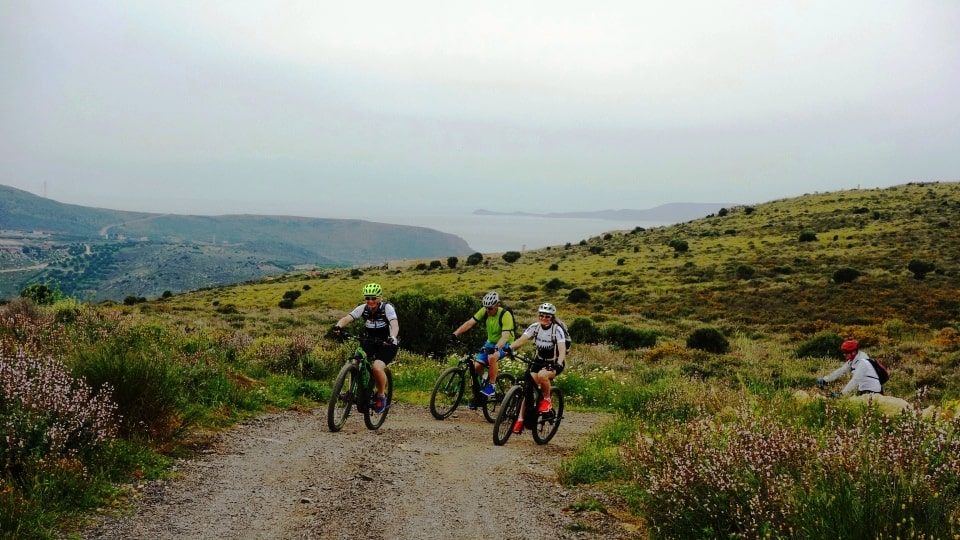 afternoon electric bike tour Crete Kreta 3 hours easy bike tour create the best memories of your vacation-min