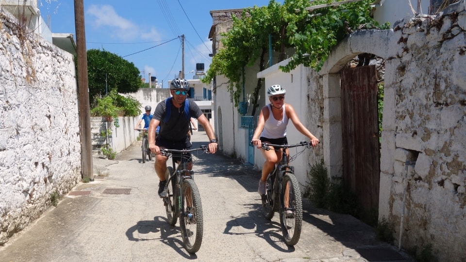 Lagoon ebike tour Crete Hersonissos Malia Stalis Analipsi Gouves Cube reaction bikes-inside a small village-min