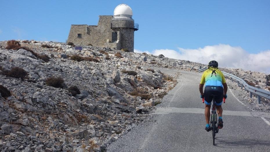 skinakas climb Crete header image min